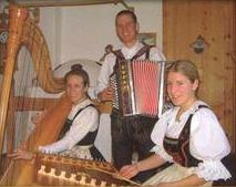 Menas Hausmusig (Mathon:Tirol)