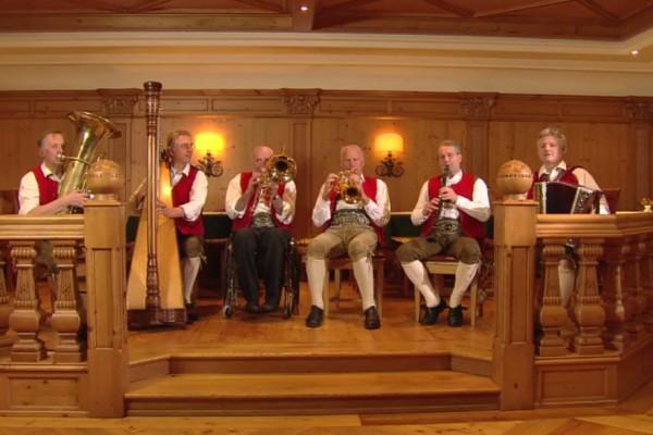 Tiroler Kirchtagmusig