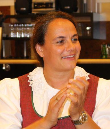 Helga Hochstöger